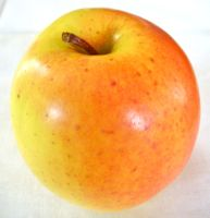 Mutsu apples can range in color from green to yellow. (Bar Lois Weeks photo)