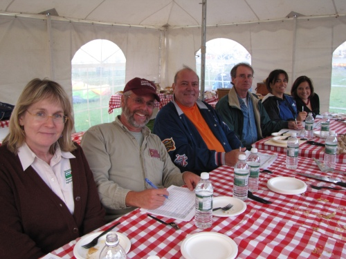 L to R: Apple pie judges Bonita Oehlke, Jon Clements, Bernie Gendron, Russell Steven Powell, Rose Arruda, Amy Traverso. (Audra Lissell photo)